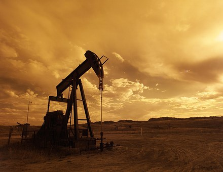 freelance safety, oil and gas and green energy copywriter living near oil and gas wells